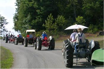 8/19: Floyd Tractor Fun Run