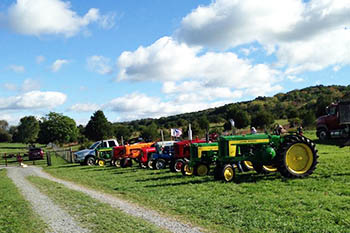 9/30-10/29: Thornspring Pastures Farm Fest