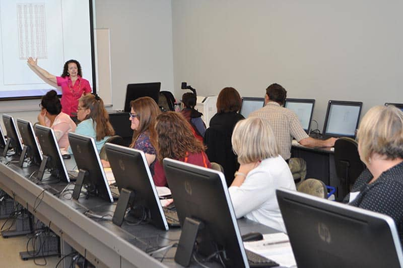 Dr. Jeanne Symanoskie teaching a computer workshop