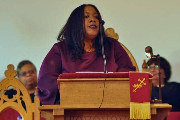 Keynote Speaker Brandy Faulkner (photo by Larry Middleton)