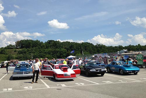 Motor Mile Meltdown with the Classic Gear Jammers!
