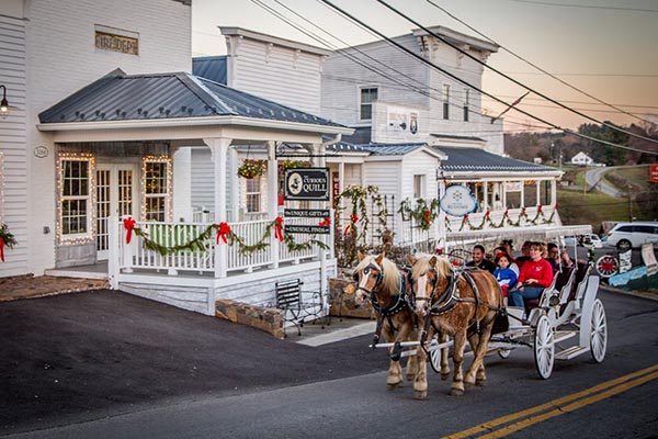 Holiday Carriage Rides through the Draper Village