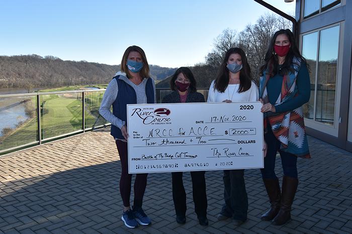 Golf tournament raises $2000 for ACCE program