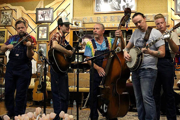 9/25: Old Time Dance with Five Mile Mountain Road